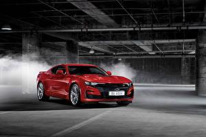 Fotos & Bilder Chevrolet Rot Metallisch 2018-19 Camaro SS Autos