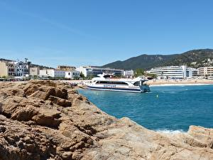 Wallpaper Coast Spa town Spain Riverboat Catalonia, Costa Brava, province of Girona Cities