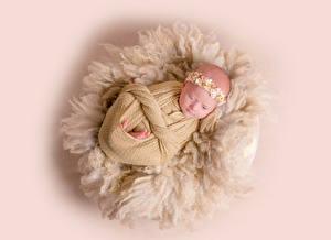 Fotos & Bilder Farbigen hintergrund Säugling Kinder