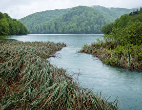 Hintergrundbilder Kroatien Park See Gebirge Gras Plitvice Park Lake