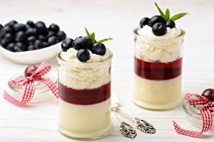 Fotos Dessert Heidelbeeren Joghurt Trinkglas 2 Die Sahne das Essen