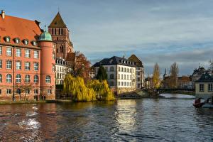 Hintergrundbilder Frankreich Straßburg Gebäude Fluss Brücke Städte