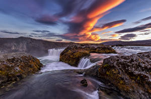 Hintergrundbilder Island Fluss Wasserfall Abend Himmel Wolke Laubmoose Natur