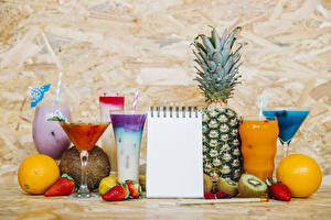 Wallpapers Juice Mixed drink Fruit Pineapples Chinese gooseberry Orange fruit Strawberry Highball glass Stemware Notepad Food