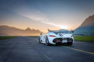 Bilder Koenigsegg Hinten Weiß Jesko auto