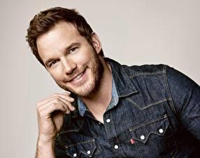 Bureaubladachtergronden Een man Chris Pratt Glimlach Baard Mooi Beroemdheden
