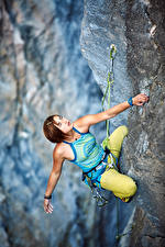 Image Mountaineering Crag Brown haired Mountaineer Hands Glance Girls