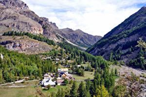 Fotos Gebirge Wälder Park Frankreich Felsen Dorf Alpen Mercantour National Park, Northern Provence Natur