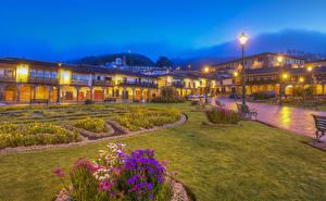 Fotos Peru Gebäude Abend HDRI Straßenlaterne Bank (Möbel) Rasen Cusco Städte