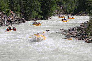 Image Rafting Boats Stones Rivers Canada Parks Fraser river, British Columbia, mount Robson Park