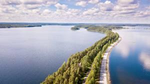 Bilder Straße Wälder See Finnland Horizont Von oben Punkaharju, province of South Savo