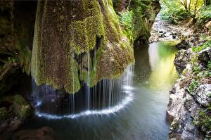 Bilder Rumänien Park Steine Wasserfall Laubmoose Bigar waterfall, National Park Beusnita Natur