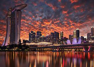 Fotos Singapur Gebäude Wolkenkratzer Abend Brücke Himmel Bucht Design