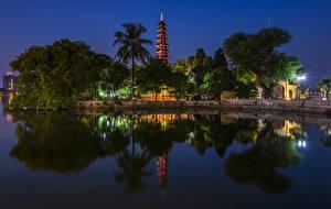 Bilder Vietnam Flusse Tempel Nacht Bäume Straßenlaterne Hanoi Tran Quoc Pagoda Natur