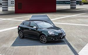 Bilder Alfa Romeo Grün Metallisch 2019 Giulietta Autos