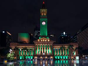 Desktop hintergrundbilder Australien Brisbane Gebäude Uhr Nacht Straßenlaterne Städte