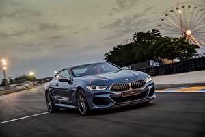 Bakgrunnsbilder BMW Går Kupé Blå 2018 M850i xDrive 8er G15 automobil