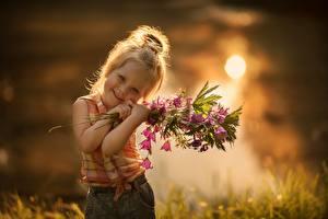 Images Bouquets Campanula Little girls Cute