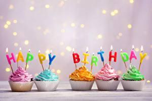 Papel de Parede Desktop Cupcake Aniversário Velas Chama Ingleses comida
