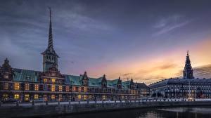 Image Denmark Copenhagen Castle Houses Evening River Christiansborg Castle-danish parliament Cities