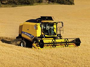 Papel de Parede Desktop Campos Maquinaria agrícola Ceifeira debulhadora 2014-19 New Holland TC5.80