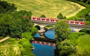 Hintergrundbilder Felder Flusse Brücken Züge Von oben Natur