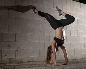 Fotos Fitness Bein Bauch Wände Sport Mädchens