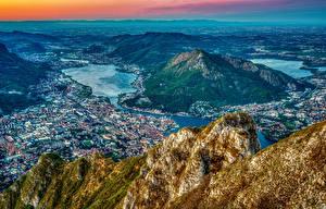 Bilder Frankreich Haus Gebirge Flusse Von oben Hügel Millau city Pyrenees Städte