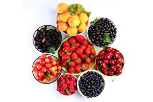 Photo Fruit Berry Raspberry Strawberry Cherry Currant Apricot Blackberry Blueberries White background Food