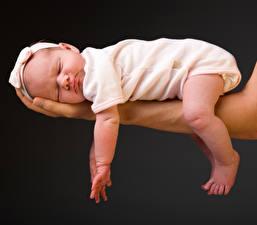 Pictures Hands Baby Sleeping