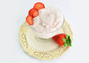 Pictures Ice cream Strawberry White background Plate Food