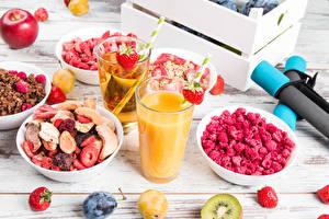 Image Juice Muesli Berry Raspberry Strawberry Plums Boards Breakfast Highball glass