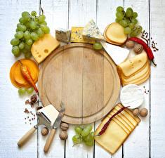 デスクトップの壁紙、、ナイフ、チーズ、ブドウ、ナッツ、唐辛子、木の板、まな板、スライスされた食品、食べ物