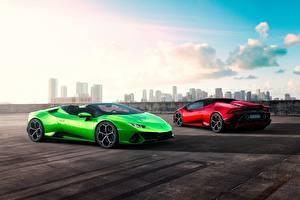 Обои Lamborghini Два Родстер Салатовые Spyder Evo Huracan машины