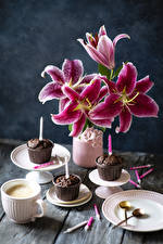 Image Lilies Fairy cake Candles Coffee Cappuccino Vase Plate Cup flower