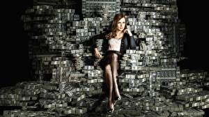 Picture Money Many Dollars Banknotes Sitting Legs Jessica Chastain, Molly's Game Movies Girls
