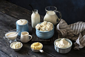 Wallpapers Quark curd cottage farmer cheese Milk Sour cream Boards Jugs Bottle Oil Cream Food