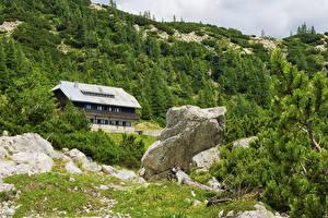 Hintergrundbilder Slowenien Gebirge Gebäude Steine Alpen Fichten Julian Alps