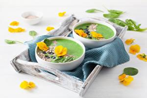 Hintergrundbilder Suppe Veilchen Teller 2 Gelb Schüssel das Essen