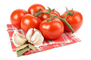 Pictures Tomatoes Garlic White background Food