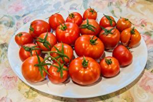 Fotos Tomate Viel Teller das Essen