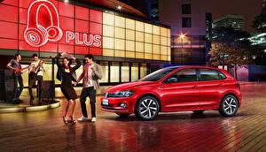 Fotos Volkswagen Rot 2019 Polo Plus Autos