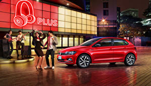 Bakgrundsbilder på skrivbordet Volkswagen Röd 2019 Polo Plus Bilar