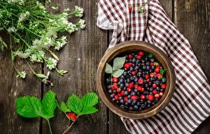 Bilder Heidelbeeren Hügel-Erdbeere Handtuch Schüssel Bretter das Essen