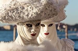 Bilder Karneval und Maskerade Maske Weiß Blick Zwei