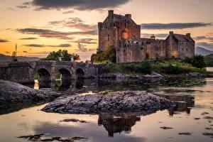 Tapety na pulpit Zamek Mosty Szkocja Stara Eilean Donan Castle, island of Donan, Lough Duich miasto
