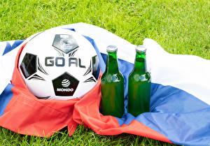 Bilder Fußball Bier Ball Flagge Flaschen sportliches
