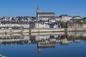 Fotos & Bilder Frankreich Haus Flusse Spiegelung Spiegelbild Blois Städte