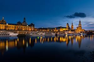 Fonds d'écran Allemagne Dresde Rivières Bateau fluvial Soir historical center of Dresden