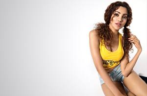 Hintergrundbilder Indian Hübsch Hand Braunhaarige Unterhemd bollywood Ananya junge frau